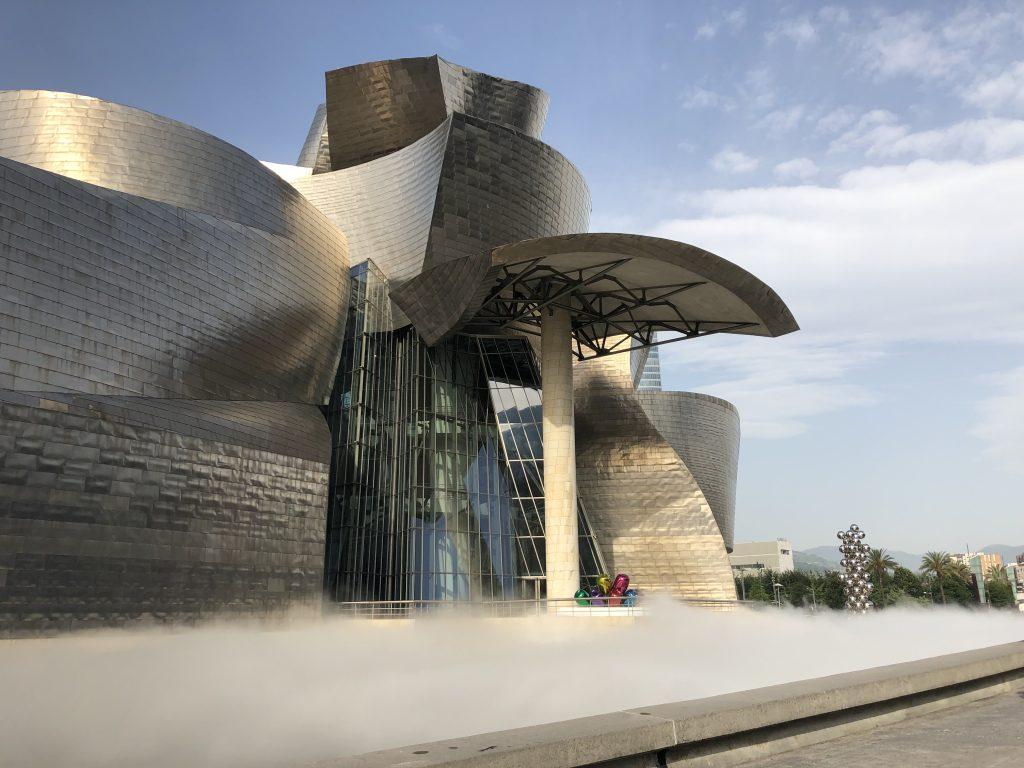 Fujiko Nakaya fog sculpture Guggenheim Bilbao